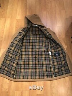 BURBERRY Tan Beige Wool Duffle Toggle Coat Size XS (Im 53 Size 6)