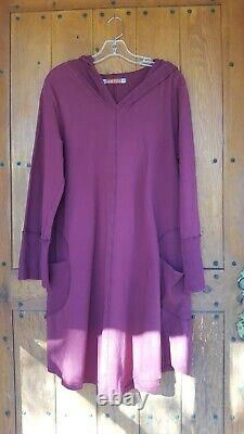 Blue Fish Hooded Maroon Tunic/Dress Size Lg withPockets and Thermal Panels -EUC