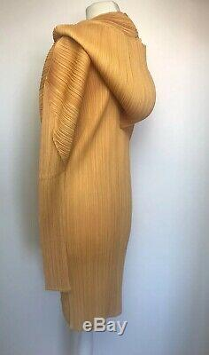 Immaculate. Pleats Please. Issey Miyake hooded Sculpted Jacket Dress. Sz3