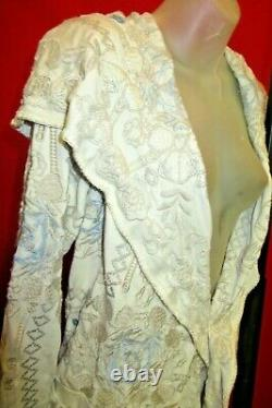 JOHNNY WAS BLYA Ivory heavily embroidered Floral Hood Coat Size Medium