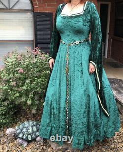 Medieval Rennaisance Women's Hooded Costume 14-22