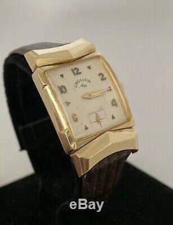 Mens Vintage Lord Elgin 14k Solid Gold Fancy Hooded Chevron Lug Dress Watch Mint