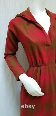Vintage MR. MORT Red & Tan Plaid DRESS with HOOD & Mr. Mort Pin Size S/M EUC