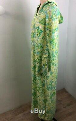 Vtg Lilly Pulitzer The Lilly green yellow hooded caftan Hostess Dress Cover Up